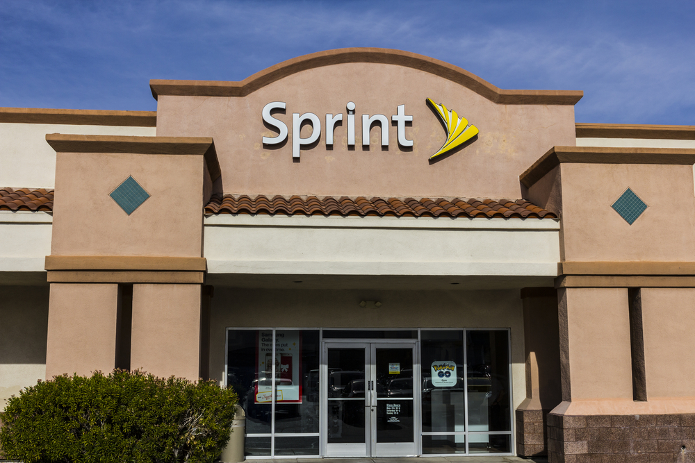 T-Mobile or Charter? Which Will Sprint Choose?