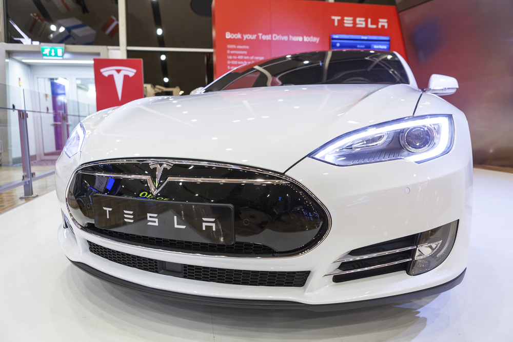 Tesla's Self-Driving Car Faces Safety Issues